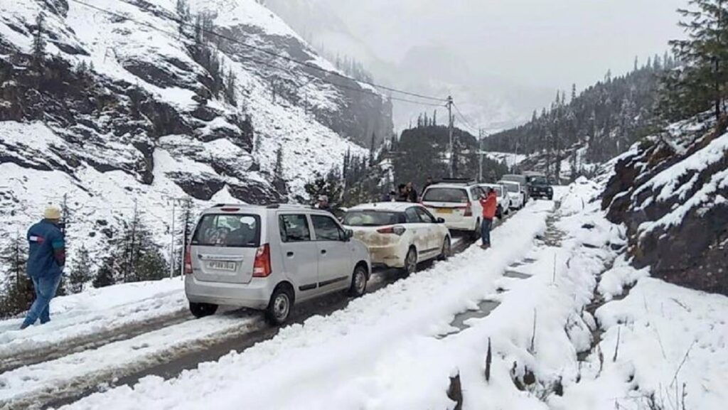 Taxi Service For Manali